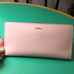 Furla Pale Pink Leather Clutch Wallet